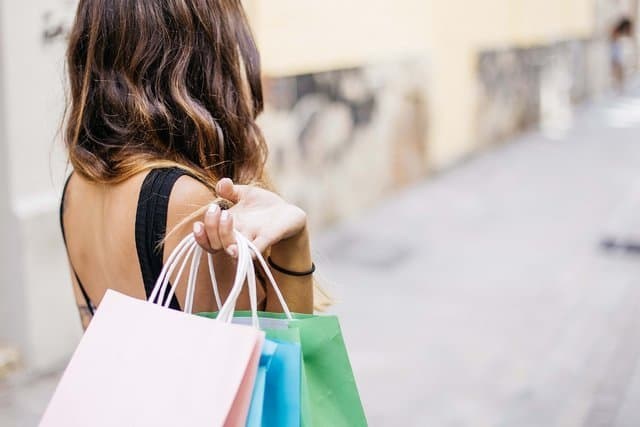 Believe it or not, you can earn money for college by shopping. As a mystery shopper, you can get paid to evaluate your shopping experience at a lot of different stores.