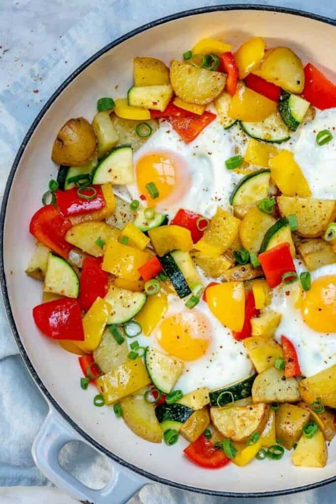 Eggs never tasted so good as this low carb version with zucchini, peppers, onion, and none of the high carb, high calorie home fries.